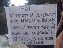Protest la UMF Mures