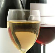 Vin alb versus vin rosu