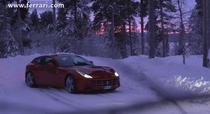 Ferrari FF alunecand in nordul Suediei, la 100km de Cercul Polar