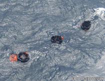 Barci de salvare cu o parte din pasagerii feribotului MV Rabaul Queen