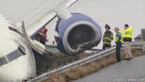 Un Boeing 737 a fost avariat, dupa ce a iesit de pe pista