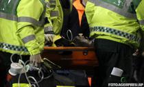 Fabrice Muamba, transportat de medici in afara spatiului de joc