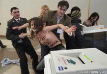 FEMEN, in actiune