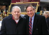 Robert B. (stanga) si Richard Sherman (dreapta)