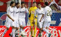 Ronaldo (centru), o masina de marcat goluri