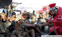 Presedintele sud-african Jacob Zuma si sotia sa, in timpul ceremoniei de nunta