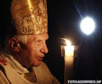 Papa Benedict al XVI-lea la slujba de Paste din Vatican