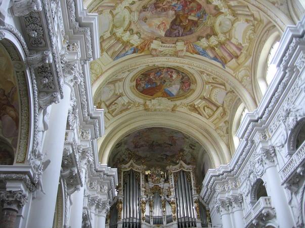Din amintirile unui turist fericit Abatia Sfantul Florian din Linz