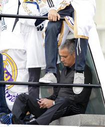 Telefonul lui Mourinho: pe el nu il suna nimeni, in timpul jocurilor :)