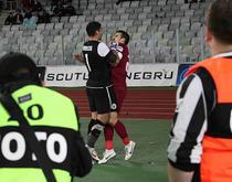 Momentul care a inflamat meciul din 8 mai: Bornescu il imbranceste pe Cadu