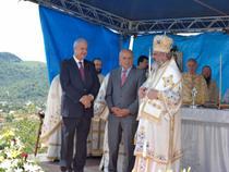Adrian Nastase si Patriarhul Daniel