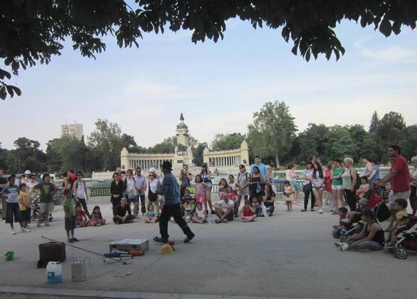 Atractii in Parcul Retiro