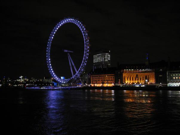 Londra noaptea (3)