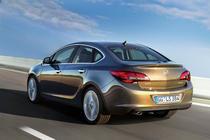 Opel Astra sedan 2012