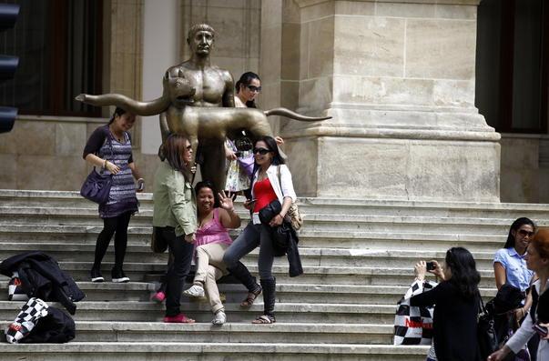 Poza cu statuia