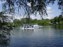 Plimbari pe Lacul Herastrau