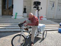 Dan Bulucea pe triciclul Google