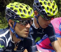 Alejandro Valverde (stanga), victorie de etapa