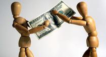 Banii femeilor nu aduc fericire barbatilor
