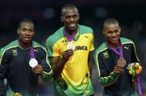Podiumul jamaican la 200m: Usain Bolt - aur, Yohan Blake - argint, Warren Weir - bronz