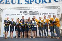 Fotografie de grup cu sportivii romani medaliati la JO 2012
