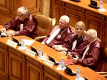 Judecatori CCR in Parlament