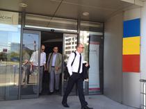 Oficiali Cosmote, la incheierea primei zile de licitatie