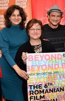Oana Radu, Corina Şuteu şi Mihai Chirilov: BEYOND, 2011. Credit foto: GODLIS