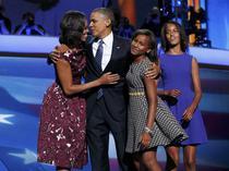 Barack si Michelle Obama alaturi de fiicele lor