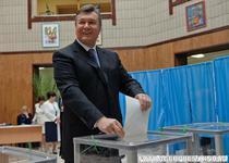 Alegeri legislative Ucraina: Presedintele Ianukovici voteaza