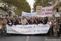 Manifestanti impotriva casatoriilor gay in Franta
