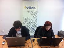 Sinziana Nicola si Paul Negoescu in redactia HotNews