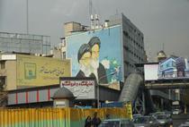 Cei doi lideri supremi Khomeini si Khamenei