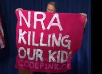 Protest la conferinta a NRA