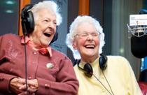 Betty Smith si Beryl Renwick