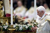 Papa Benedict in timpul slujbei de Anul Nou