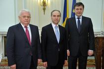 Crisu Anastasiu a depus juramintul in prezenta lui Crin Antonescu si Viorel Hrebenciuc
