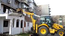Constructia ilegala din Craiova, demolata