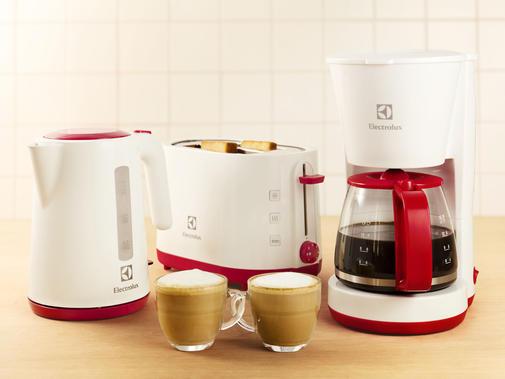 Electrolux - Set mic dejun, culoare alb-rosu