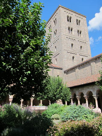 THE CLOYSTERS MUSEUM (3)
