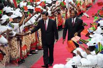 Xi, la sosirea in Tanzania