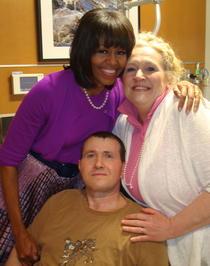 Michelle Obama, Lilly Pierce si Florinel Enache