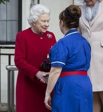 Regina Marii Britanii a fost externata