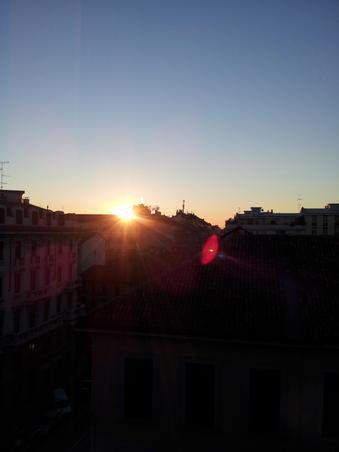 La ora 6 dimineata un zambet!