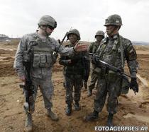 Exercitiu comun al militarilor sud-coreeni si americani