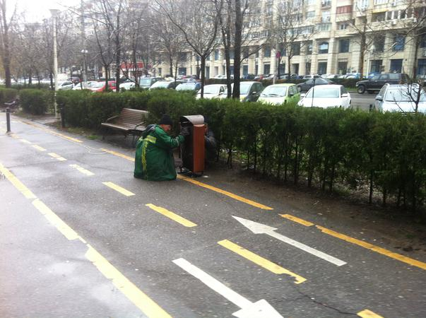 A venit Primavara! Deci schimbam bancile de pe strada! (2)