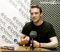 Joel Dicker in studioul HotNews.ro