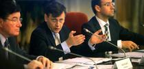 Crin Antonescu, liderul Comisiei pentru revizuirea Constitutiei