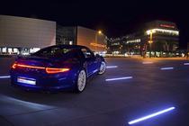 Porsche 911 Carrera 4S aniversar 5 milioane fani Facebook