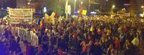 """Lacomia voastra trezeste Romania noastra"" - slogan la protestele din 22 septembrie"